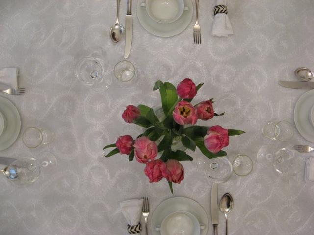 © Renate Egger. Tisch Frühling/Table spring, 2004