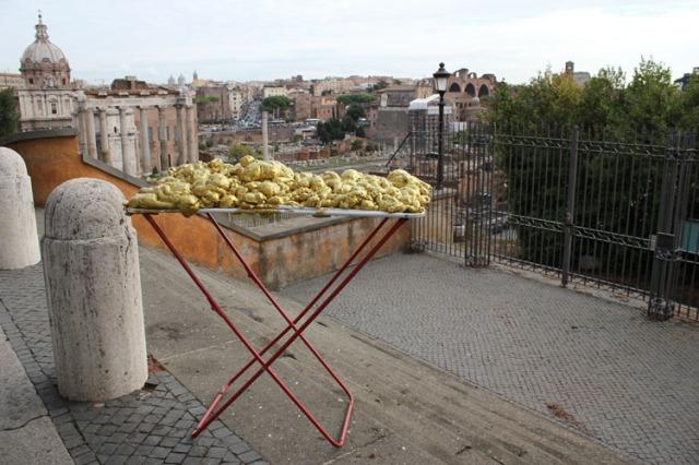 © Renate Egger and Wilhelm Roseneder. Goldene Erweiterung/Golden expansion. Street art project. Artist in Residence. Forum Romanum. Rome, Italy 2011